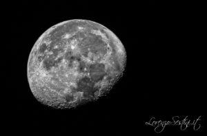 Luna scatto singolo Canon 70d e Telescopio 80 ed