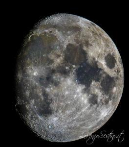 Luna con Telescopio mak127