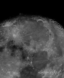 Luna con Telescopio 200-1000 newton composizione di 10 foto