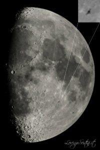 iss stazione spaziale sopra il disco lunare